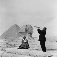 On the Radar: Louis Armstrong serenading his wife on the Giza Plateau, 1961