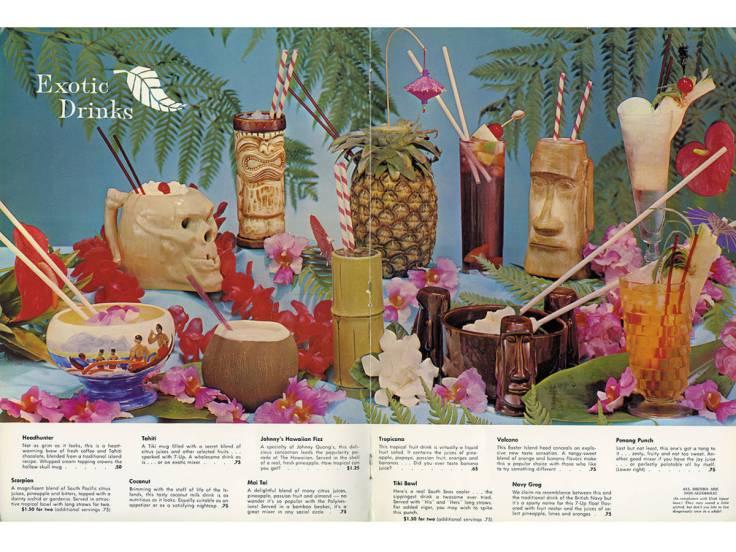 Carte-de-cocktails-polynesiens-et-mugs-des-annees-60