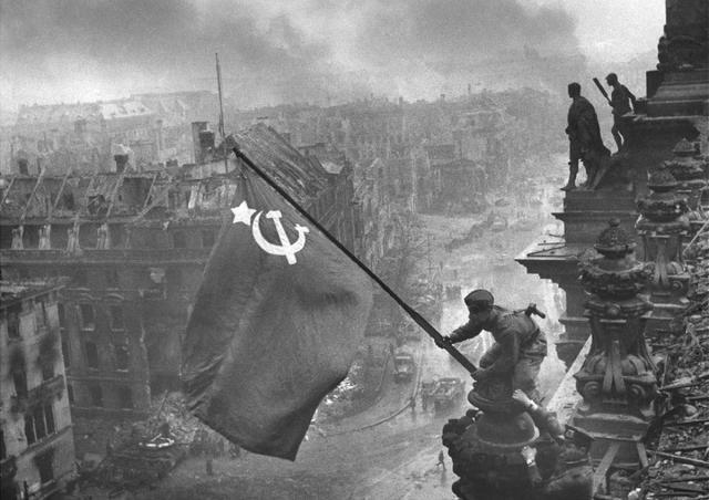 sovietsBerlin